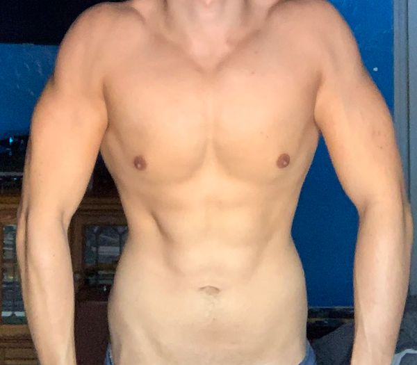 Research Participant Frederico Cibils Body Type One Front Midriff